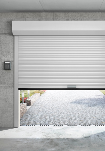 Porte de garage sur mesure porte sectionnelle for Porte de garage enroulable isolante
