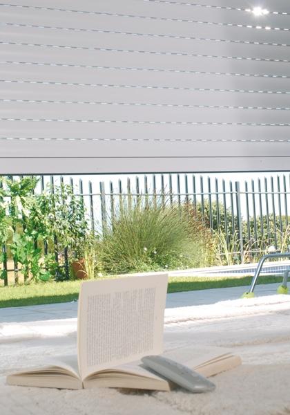 volet roulant lectrique volet roulant sur mesure bassin d 39 arcachon. Black Bedroom Furniture Sets. Home Design Ideas